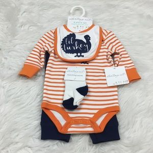 Starting Out 3 Months 4pc Layette Set Thanksgiving